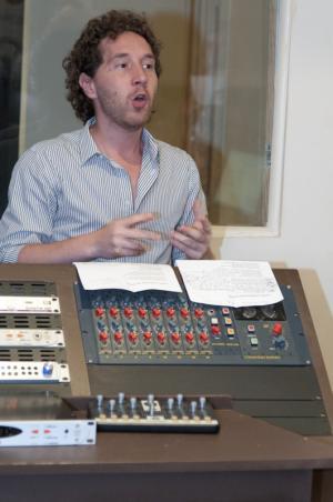 Team building, Chanson en studio - 2